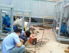 我司技术工程师在濮阳某重卡汽车厂安装过滤器现场